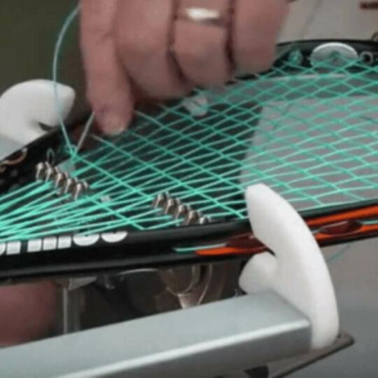 Squash ütő húrozás